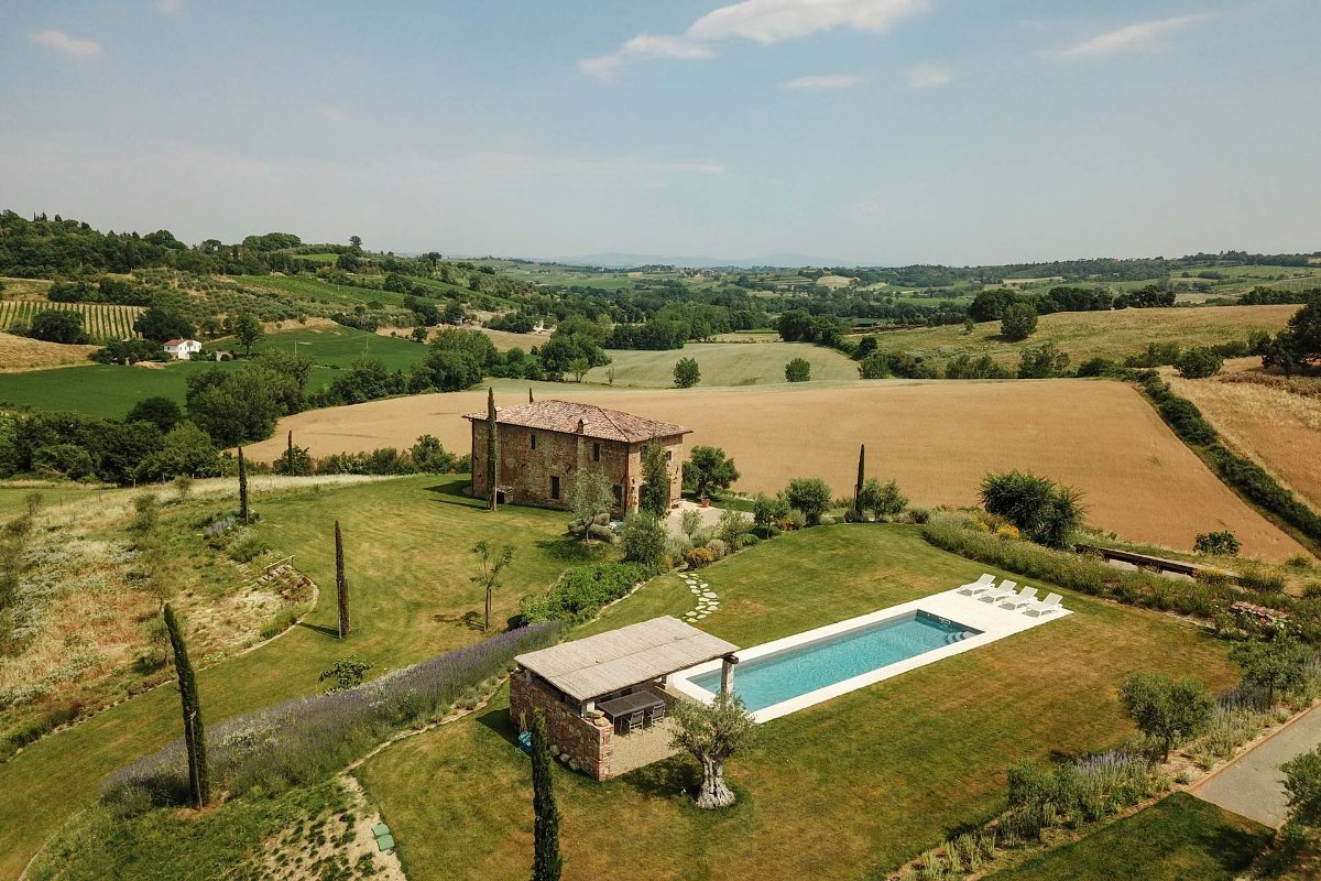 LUXURY PROPERTY FOR SALE IN MONTEPULCIANO