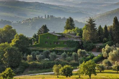 LUXURY VILLA FOR SALE IN CHIANTI